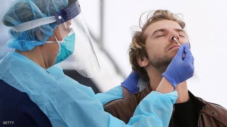 """""""وكالة الأدوية الأوروبية"""" تفجر مفاجأة غير متوقعة عن أحد لقاحات كورونا: يسبب جلطات دموية"""