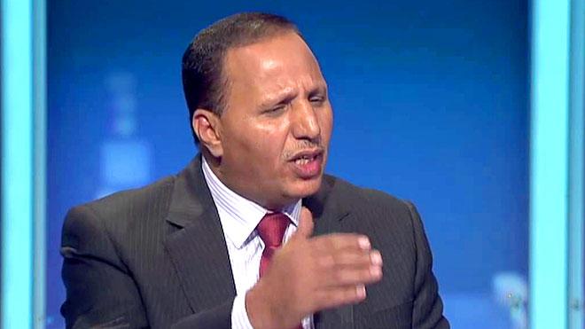 هجوم ناري ... جباري يفتح النار على قيادات ومسؤولي الشرعية .. وصفهم بالمطبلين واتهمهم بالعمالة وقال انهم يعملون من اجل إرضاء السفير السعودي على حساب معاناة اليمنيين